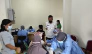 Dinkes Kota PangkalpinangGelar Vaksin Covid 19 Secara Massal di Pasar Tradisional