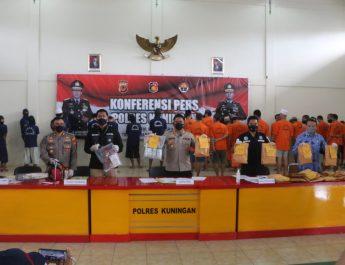 Polres Kuningan Polda Jabar Gelar Konferensi Pers Berbagai Kasus Tindak Pidana
